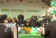 S. de dag van Patrick ` s in Moskou stock afbeeldingen