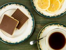 ` S de millionnaire sablé avec le thé noir de citron Image stock