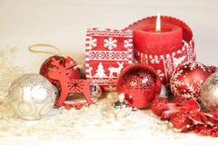 ` S de nouvelle année et décoration de Noël en rouge et la couleur d'argent Photographie stock