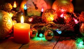 ` S del Año Nuevo y fondo de madera de la Navidad Imagen de archivo