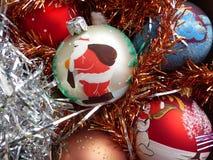 ` S del Año Nuevo y la Navidad Esferas del vidrio del ` s del Año Nuevo El interior del Año Nuevo Foto de archivo libre de regalías