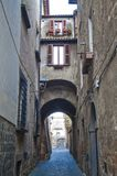 ` S di Orvieto alleway fotografie stock libere da diritti