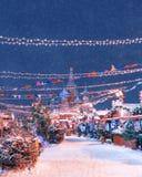 ` S do ano novo justo no quadrado vermelho St Catedral do `s da manjericão  St Catedral do `s da manjericão foto de stock royalty free