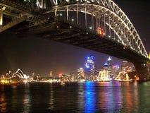 ` S Eve del Año Nuevo en Sydney Harbour Imagen de archivo libre de regalías