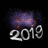` S EVE 2019 del nuovo anno con i fuochi d'artificio fotografie stock libere da diritti
