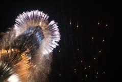 ` S Eve Fireworks för nytt år royaltyfria bilder