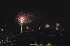 ` S Eve Fireworks för nytt år royaltyfri foto