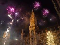 ` S Eve Party do ano novo no Marienplatz de Munich, Alemanha fotos de stock