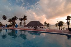 It's Five O'Clock Somewhere. Swim up pool and bar on the beach in Mexico Stock Photos