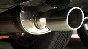 S-fluxo da tubulação de exaustão no carro da transmissão automática Imagem de Stock Royalty Free