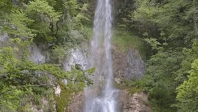S Giovanni Waterfalls, di Valle de Bocca, Abruzzo, Itália video estoque