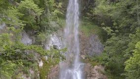 S Giovanni Waterfalls, di Valle de Bocca, Abruzzo, Itália video estoque
