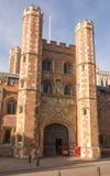 ` S Johannes College-großes Tor, Cambridge, am 12. Februar 2018 showin Stockbilder