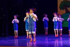 ` S Kinder Arbeitsdes ruhm Peking-Tanz-Hochschulordnende Tests unterrichtende Leistungsausstellung Jiangxi hervorragenden Tanzes Lizenzfreie Stockfotografie
