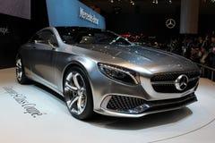 S-klassecoupé Mercedes Benzs Stockfotos