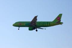 S7 - Linhas aéreas Airbus A320 de Sibéria Imagem de Stock