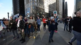 ` S mars de femmes : Chicago banque de vidéos