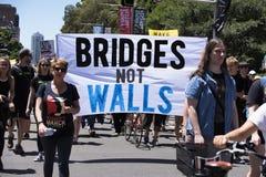 ` S mars, Sydney - Australie de femmes Images stock