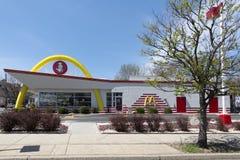 ` S McDonald в США, Корпорации цепь ` s мира самая большая ресторанов фаст-фуда гамбургера Стоковая Фотография