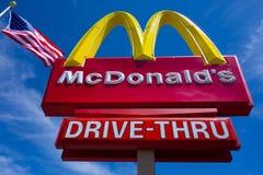 ` S McDonald с американским флагом Аризона США Стоковые Фотографии RF