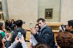 ` S Mona Лиза Леонардо Да Винчи на жалюзи Museumn Стоковые Изображения RF