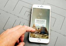 S.N.C.F ταξιδιών στο iPhone 7 συν τα προγράμματα εφαρμογών Στοκ εικόνες με δικαίωμα ελεύθερης χρήσης