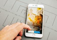 S.N.C.F app ταξιδιών στο iPhone 7 συν τα προγράμματα εφαρμογών Στοκ φωτογραφία με δικαίωμα ελεύθερης χρήσης