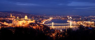 's nachts Boedapest Stock Afbeeldingen