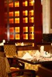 's nachts cafetaria royalty-vrije stock fotografie