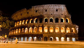 's nachts Colosseum Stock Afbeelding