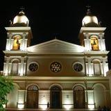 's nachts de Kathedraal van Cafayate royalty-vrije stock afbeelding