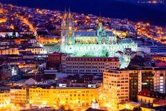 's nachts de kathedraal van het Quito Royalty-vrije Stock Fotografie