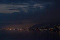 's nachts de kust van Ligurië Stock Afbeelding