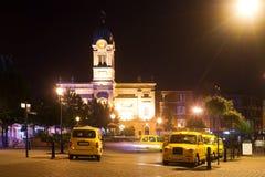 's nachts de rang van de taxi Stock Foto