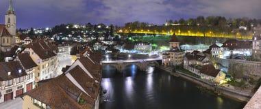 's nachts de stad van Bern Royalty-vrije Stock Foto's