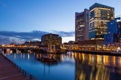 's nachts de waterkant van Boston Stock Foto