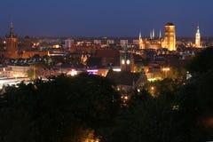 's nachts het panorama van Gdansk Stock Afbeeldingen