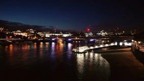's nachts Londen Stock Foto
