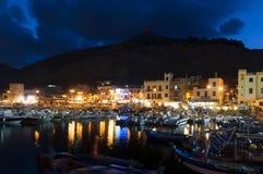 's nachts Mondello Stock Foto's