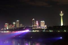 's nachts Niagara Falls Royalty-vrije Stock Afbeeldingen
