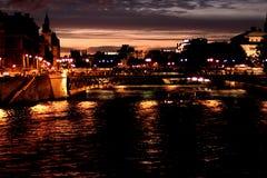 's nachts Parijs Stock Foto