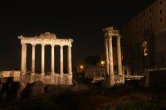 's nachts Rome Beroemde gebouwen van Rome in één beeld stock foto's