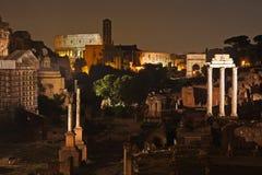 's nachts Rome Beroemde gebouwen van Rome in één beeld royalty-vrije stock afbeeldingen