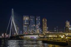's nachts Rotterdam royalty-vrije stock foto