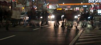 's nachts voetgangersoversteekplaats Royalty-vrije Stock Foto