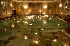 's nachts zwembad Royalty-vrije Stock Afbeeldingen