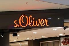S Negozio dell'abbigliamento di Oliver fotografia stock libera da diritti