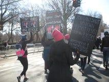 ` S NYC -го март женщин, NY, США Стоковое Изображение RF