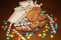 Słodcy gofry, ciastka, cukierki Zdjęcia Royalty Free