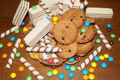 Słodcy gofry, ciastka, cukierki Obrazy Royalty Free
